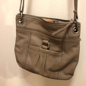 The Sak light brown / tan crossbody purse